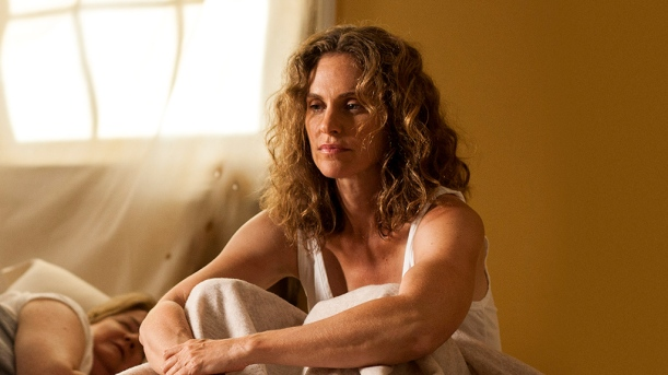 Amy Brenneman The Leftovers Laurie